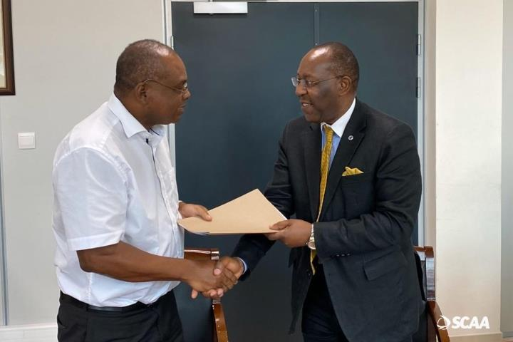 During a recent high level mission to the Seychelles, the Regional Director of the ICAO Eastern and Southern African Regional office, Mr. Barry Kashambo met with the Minister for Tourism, Civil Aviation, Ports and Marine, Mr. Didier Dogley.